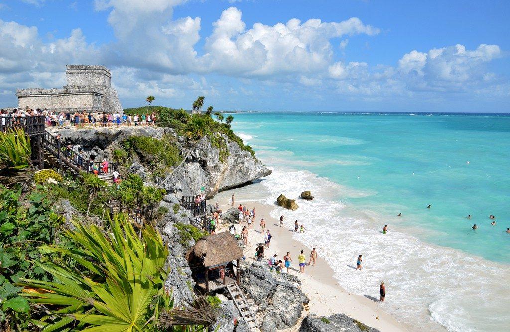 День 1. Канкун – порт майя Тулум – пирамида в джунглях Коба – Мерида